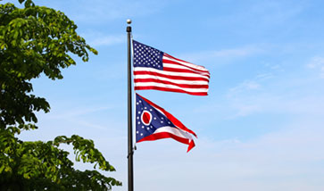 US and Ohio state flags